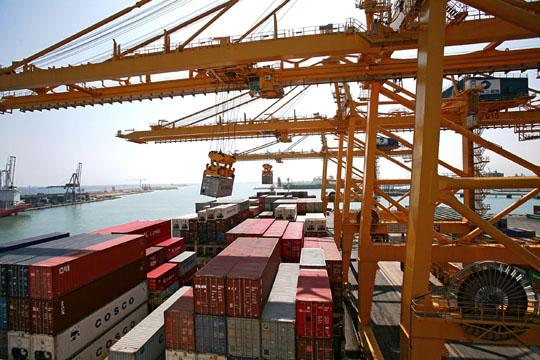operativa grua puerto