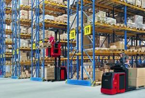 El V 10 es ideal para preparar pedidos a medio nivel