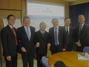 De izquierda a derecha: Tran Phuoc Anh, Carlos Larrañaga, Le Huang Quan, Xavier Soucheiron, Nguyen Hong  Linh y Mike Dekker