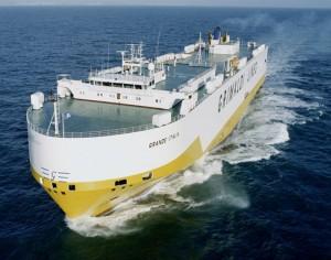 El MV Grande Italia puede transportar más de 2.000 metros lineales de mercancía y 2.200 coches