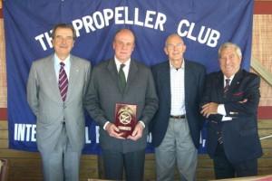 De izquierda a derecha: Pedro Maqueda, Enrique Lacalle, Edward Bacon y Carlos Martínez-Campo