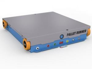 El Pallet Runner incorpora baterías recargables y se dirijen por control remoto