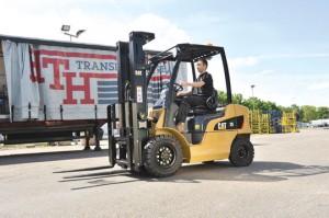 Bergé Manutención Ibérica distribuye las nuevas carretillas de Cat Lift Trucks