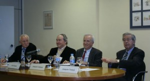 De izquierda a derecha: Mariano Fernández, Jordi Nadal, Joaquim Cabané y Joaquim Tintoré