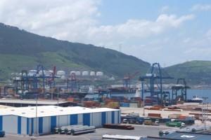 vista terminal puerto de Bilbao
