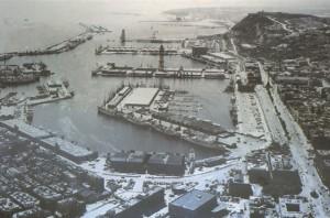 Imagen del puerto de Barcelona en 1966 (Archivo APB)