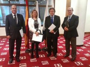 La Consejera de Planificación del Cabildo Insular de Tenerife, Pino de León Hernández, Enric Ticó, Juan Manuel Hernández y Manel Vicens