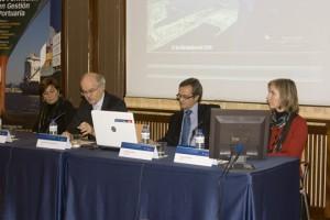 De izquierda a derecha: Mª Paz Fernández, Fernando Menéndez Rexach, Francisco Trujillo y Amaya Beyebach
