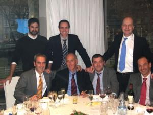 De izquierda a derecha (de pie): Mikel Lavín, Xabier Azarloza y Milan Prudic, (sentados): Jon Azarloza, Kepa Azarloza, Eneko Caballero y Mikel Urrutia