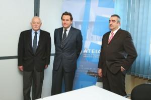 De izquierda a derecha: Mariano fernández, Sixte Cambra y Emilio Sanz