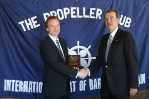 Andrew Gwatkin, Cónsul General Británico en Barcelona, junto a Pedro Maqueda, Presidente del Propeller Club de Barcelona