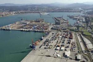 Vista parcial puerto de Bilbao