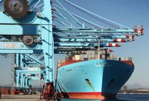 traficos Algeciras_Portacontenedores Maersk en APM Terminals Algeciras