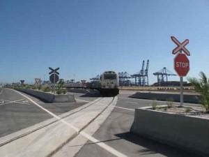 adif_puerto_de_algeciras_terminal_ferroviaria_isla_verde_exterior.
