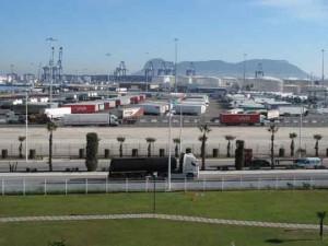 puerto algeciras_Aparcamiento camiones 2