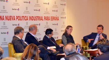 El sector fabricante de vehículos español, segundo a nivel europeo y octavo a nivel mundial