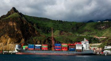 Boluda escala en Santa Cruz de La Palma para dar salida al plátano de Canarias