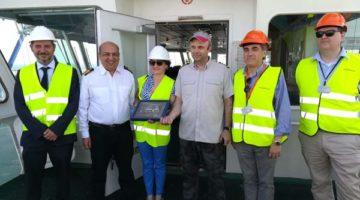 El Puerto de Valencia acoge la primera escala del COSCO Philippines'