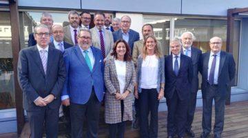 Mercè Conesa se reúne con la Asociación de Empresas Estibadoras
